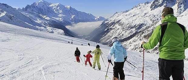 HIV31-Ski-famille-au-Tour-�-OT-Chamonix-�-Monica-Dalmasso-large